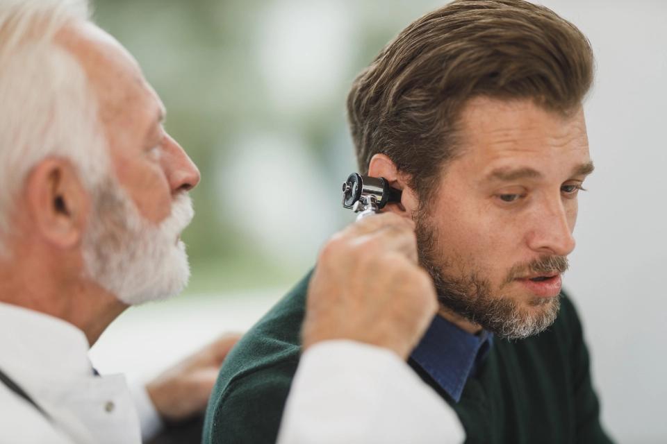 Zumbidos no ouvidos – possíveis causas e como diagnosticar